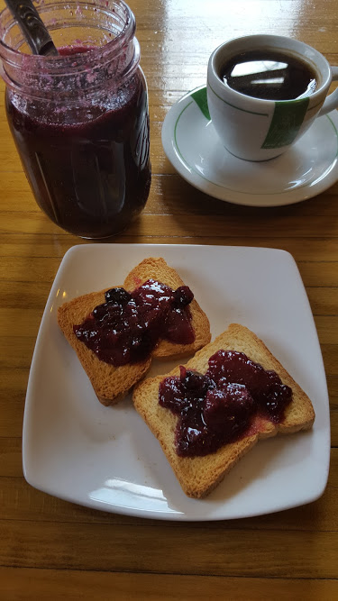 strawberry blueberry preserves